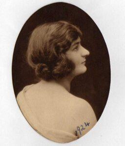 Ada Fuller 1924